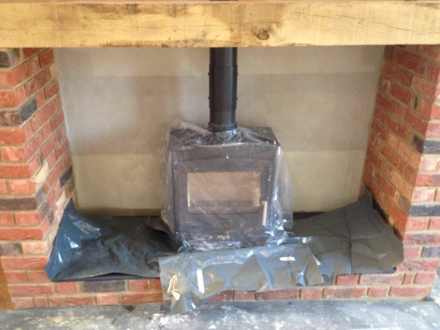 Stove and flue pipe